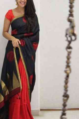 Beautiful Black And Red Color Soft Silk Saree - cnd1087