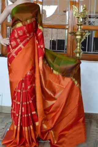 Forever red Color Soft Silk Saree - SB923  30""